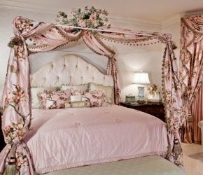 ornate bed.